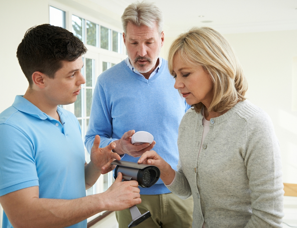 4 Tips to Improve Customer Service when Installing Alarm Systems