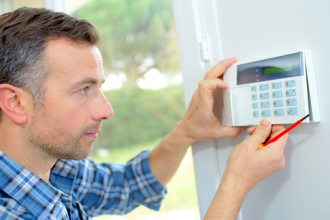 What Customers Look for When Choosing Burglar Alarm Installation Companies